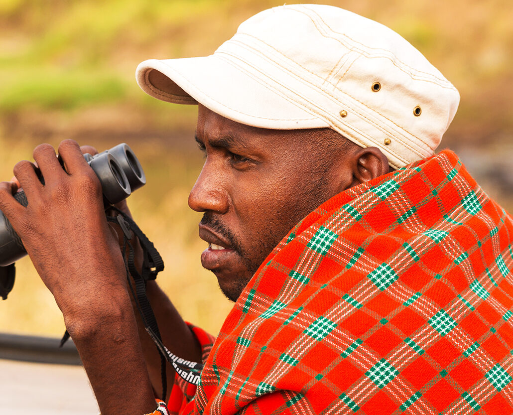 John-at-work-Masai-Mara-Kenya-A0067